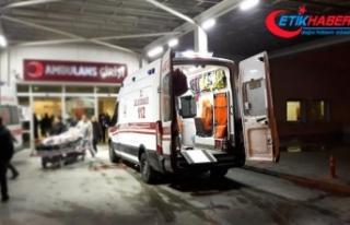 İşçi servisiyle kamyon çarpıştı: 1 ölü, 25...