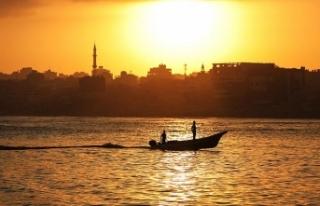 İsrail güçleri Filistinli 2 balıkçıyı gözaltına...