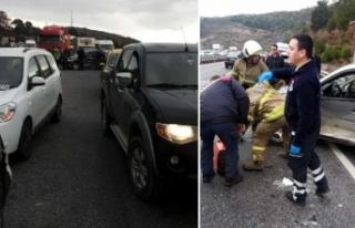 İzmir'de 7 araçlı zincirleme kaza: 3 yaralı