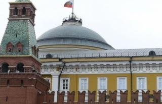 """Kremlin'den """"S-400 anlaşması tamam""""..."""