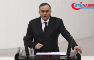 MHP'li Akçay: Uygur Türkleri'nin milli...