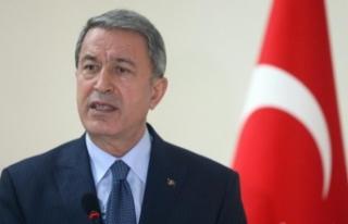 Milli Savunma Bakanı Akar'dan 'sürpriz'...