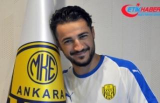 MKE Ankaragücü'nün orta saha oyuncusu Chaves'e...