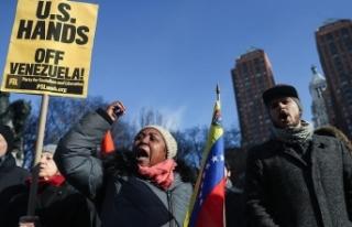 New York'ta Maduro'ya destek gösterisi