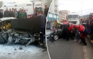 Otomobil TIR'a çarptı: Minik Efe öldü, babası...