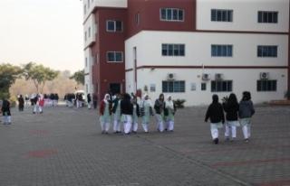Pakistan'daki TMV okullarında öğrenciye indirim,...