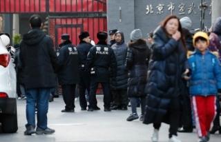 Pekin'de ilkokula bıçaklı saldırı: 20 öğrenci...