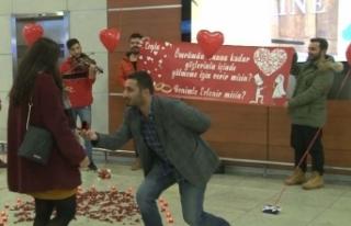 Sabiha Gökçen'de sürpriz evlilik teklifi