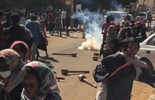 Sudan'daki gösterilerde 816 kişi gözaltına...