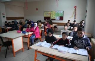Suriyeli Kürt öğrencilerin 'terörsüz vatan'...