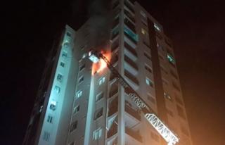 10'uncu katta çıkan yangında anne ve bebeği...