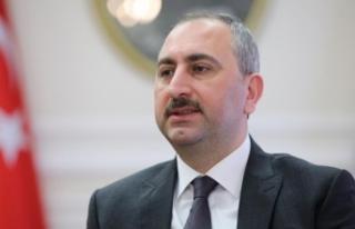 Adalet Bakanı Gül: 2019'un yargıya güven...