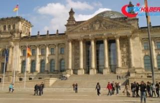 Almanya savunma harcamalarını artırıyor