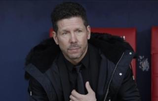 Atletico Madrid, Simeone'nin sözleşmesini 2022'ye...