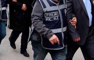 FETÖ soruşturmasında 67'si muvazzaf 100 asker...