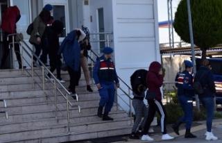 Fuhuştan gözaltına alınan 11 yabancı uyruklu...
