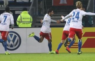 Hamburg Berkay Özcan'ın golüyle tur atladı