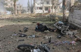 İdlib'de art arda iki bombalı saldırı: 15...