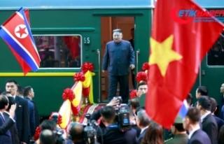 Kim Vietnam'da, Trump yolda