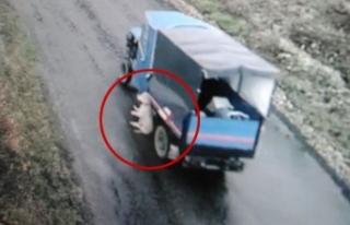 Köpeği tarım aracına bağlayarak öldüren kişi...