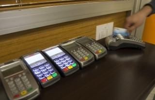 Kredi kartlarında taksit ve kredilerde vade uzatıldı