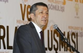Milli Eğitim Bakanı Selçuk: Ekonomi de sosyal hayat...