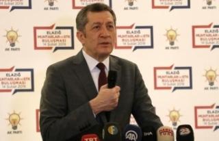 Milli Eğitim Bakanı Selçuk: Türkiye eğitimle...