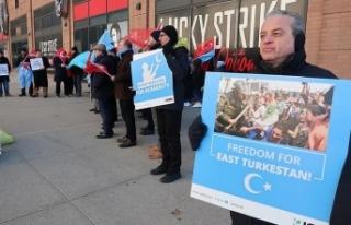 New York'ta Çin yönetiminin Doğu Türkistan'daki...