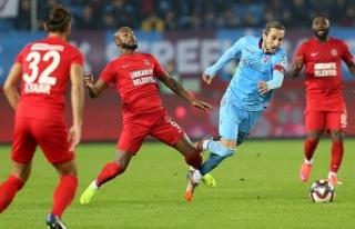 Trabzonspor kupada yarı final peşinde