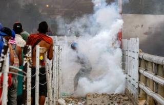 Venezuela sınırındaki çatışmalarda 4 kişinin...