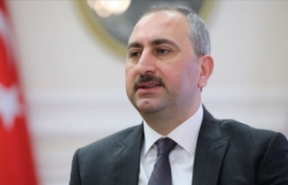 Adalet Bakanı Gül: Türk'ü ve Kürt'ü...