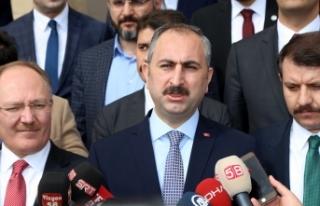 Adalet Bakanı Gül: Terörle mücadelemiz kararlı...