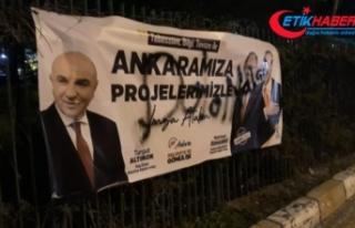 AK Parti afişlerine çirkin saldırı