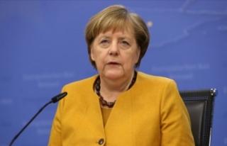 Merkel'den Çin'de ticaret müzakereleri...