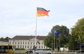 Almanya'da yabancı terör örgütlerinde savaşanları...