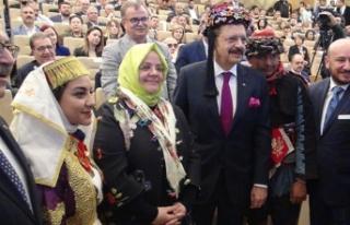 Bakan Selçuk: Türkiye, ekonomik büyümede birçok...