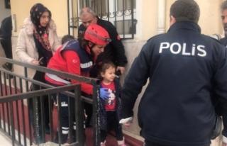Başkentte yangında mahsur kalan çocuk kurtarıldı
