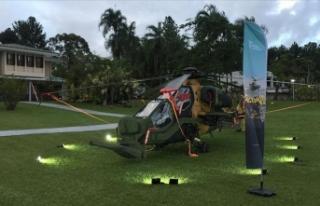 Brezilya'da Atak helikopteriyle gösteri uçuşu...