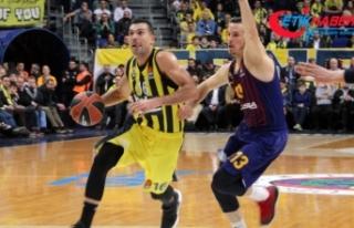 Fenerbahçe, Barcelona'yı mağlup etti