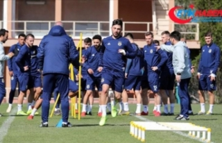Fenerbahçe, Medipol Başakşehir maçı hazırlıklarını...