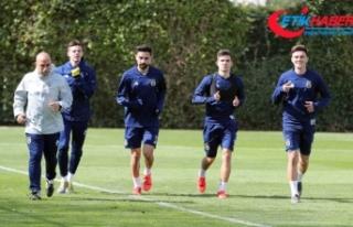 Fenerbahçe'de Ankaragücü maçı hazırlıkları...