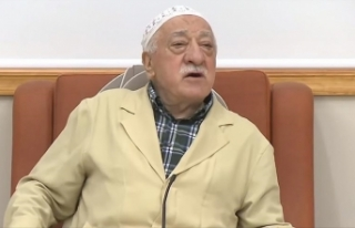 FETÖ elebaşı Gülen'den 'geriye çekiliyor...