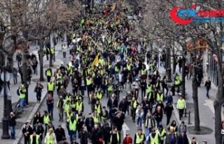 Fransa'da sarı yeleklilerin gösterilerinde...