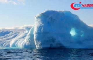 Grönland'daki Jakobshavn Buzulu'nun yüz...