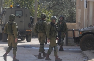 İsrail güçleri 24 Filistinliyi gözaltına aldı