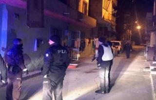 İzmir'de pompalı tüfekli saldırı: 2 çocuk...
