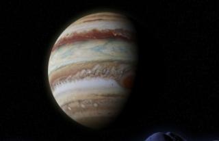 Jüpiter'in uydusu Europa'da su buharı...