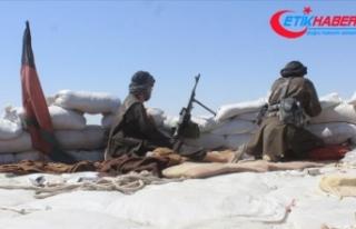 Taliban 58 Afgan askerini esir aldı