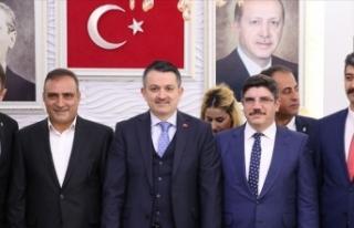 'Türk ve Kürt kardeşliğinin önünde hiç...