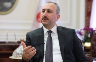 Adalet Bakanı Gül: Avukatlara şiddet savunma hakkına...